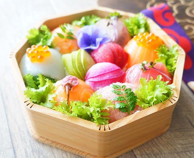 カラフルで可愛い!手毬寿司