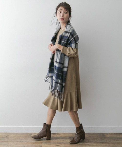 F by ROSSO 裾フレアワンピース