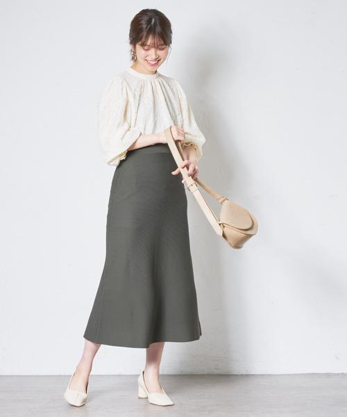 アウトリンキングきれいめニットスカート