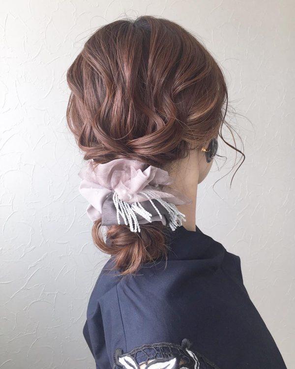 三つ編みで叶うまとめ髪