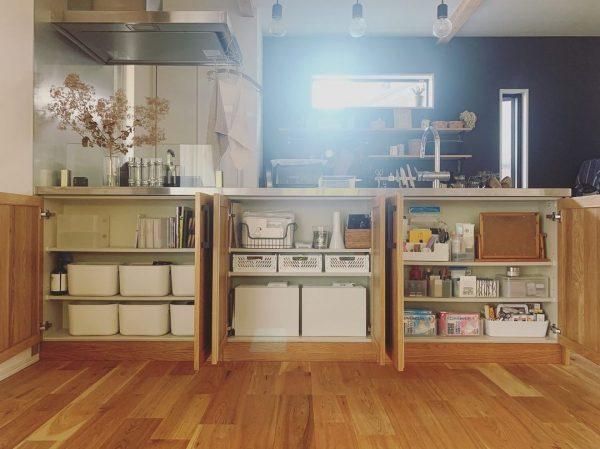 キッチンカウンター収納がすっきりを保つ秘訣