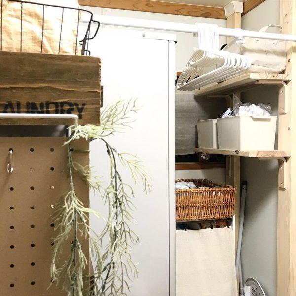 洗面所の壁に棚を付けるDIY