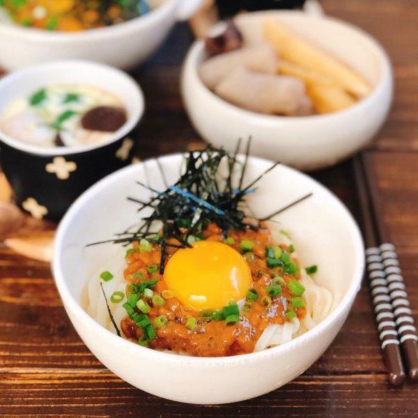 乾麺を使った絶品の納豆混ぜうどん
