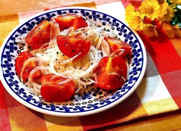 すし酢で簡単!新玉とトマトのマリネサラダ