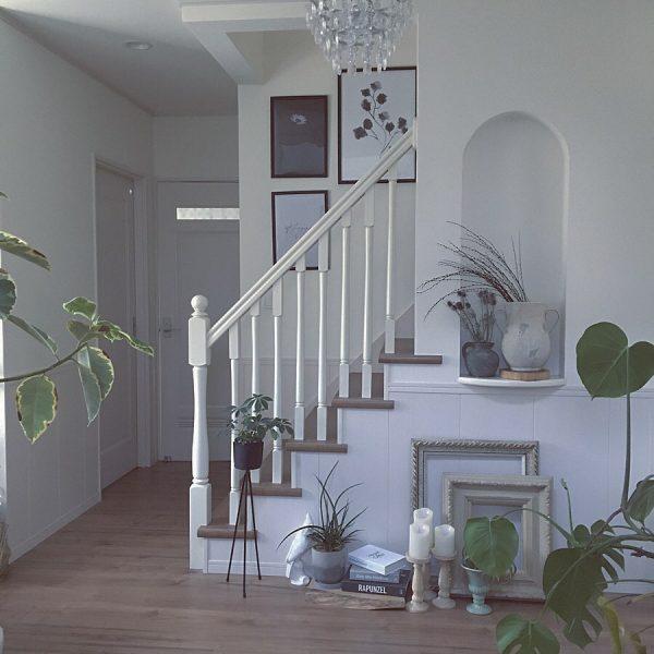 階段周りのおしゃれなインテリア5