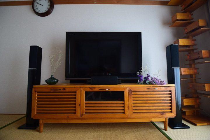 目に入る木の家具は「全て自作」という、驚愕のお部屋3