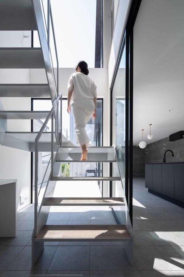 デザイン性が高いおしゃれな階段3