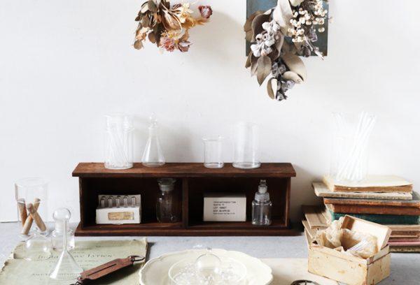 木製ボックス×木板アンティーク風の収納棚