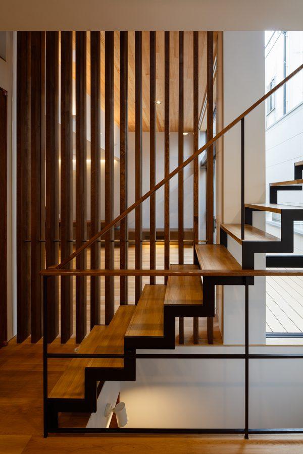 デザイン性が高いおしゃれな階段4