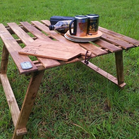 すのこで作る軽量アウトドアテーブル