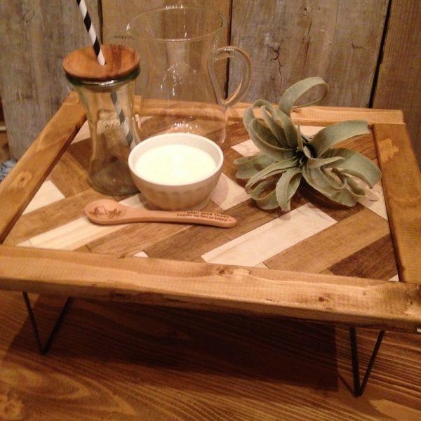 ミニサイズが可愛い折りたたみテーブル