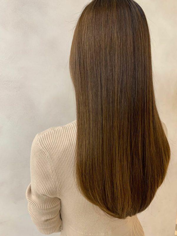 イルミナカラーを使った明るめ髪色