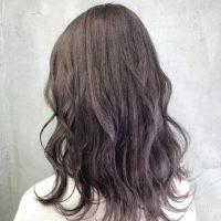 《2021》暗めのバレイヤージュカラーってどう?大人女性に似合う髪色をご紹介
