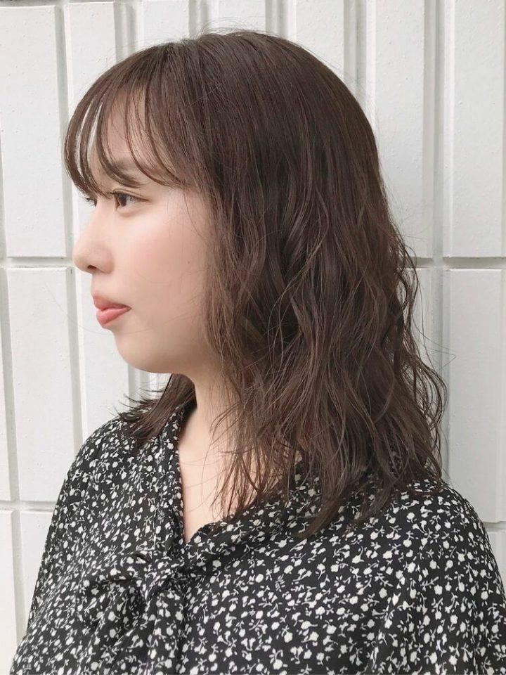 日本でも人気♡薄め前髪が可愛いセミロング2