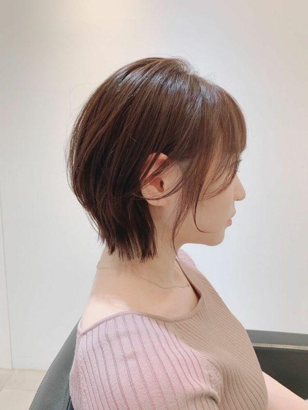 大人のレイヤーショートヘアスタイル