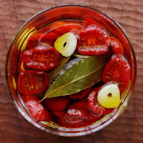 トマトのオイル漬け