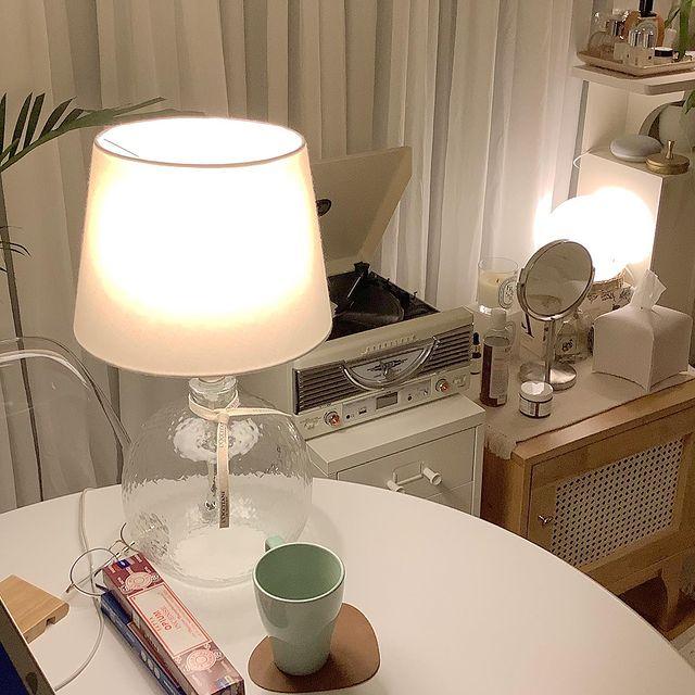 韓国インテリア テーブルランプ