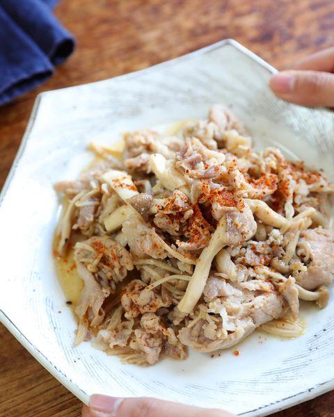 手が止まらない豚肉ときのこの甘辛生姜炒め