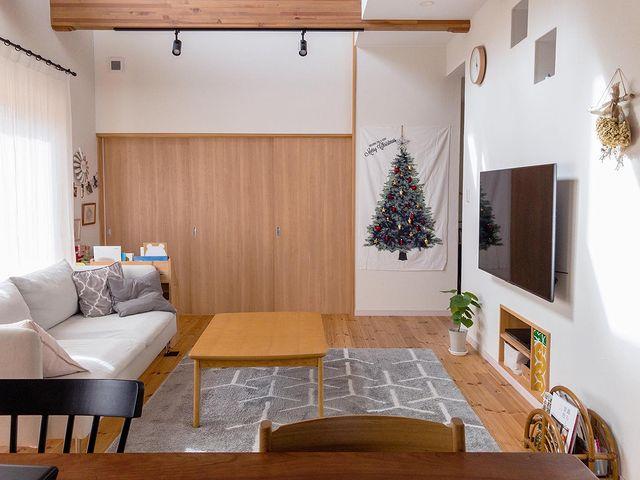 リビングを広く見せるレイアウト術:家具5
