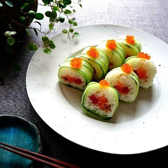 豪華なきゅうりの海鮮巻き寿司
