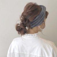 簡単に出来る、伸ばしかけの髪のまとめ方。人気のヘアアレンジで可愛く♪