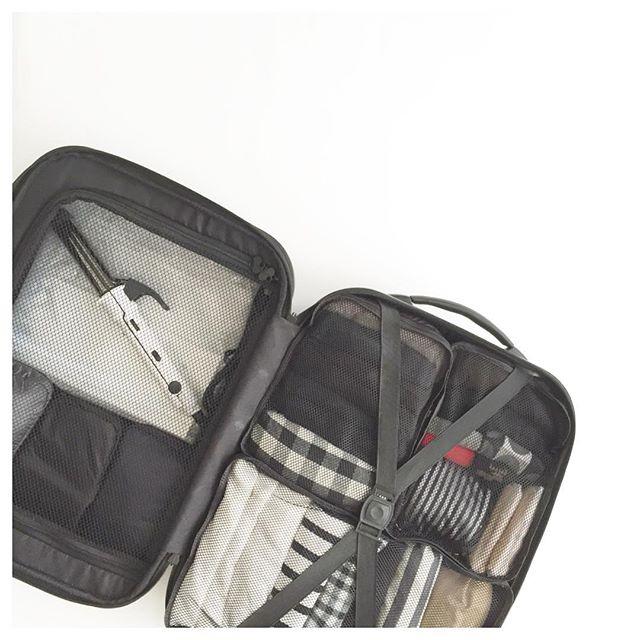 スーツケース4