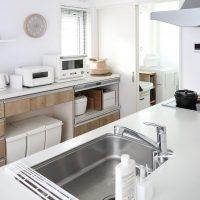 キッチン収納はオープンかクローズドか。メリットとデメリットをご紹介