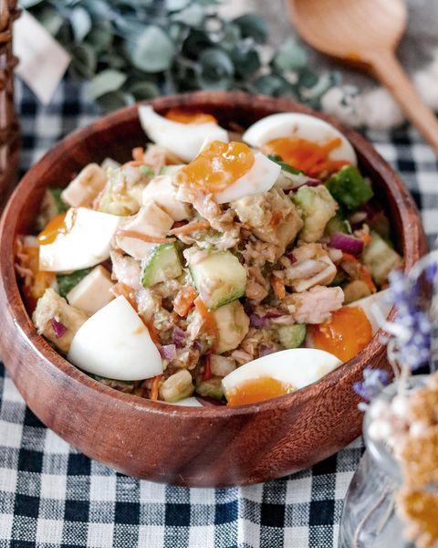 アボカドとツナの簡単チョップドサラダ