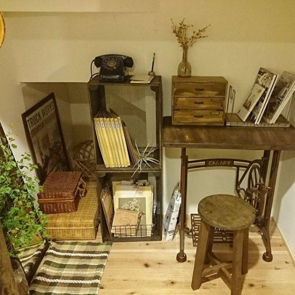 古い家具でまとめたロフトの使い方