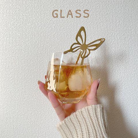 六角形のグラス