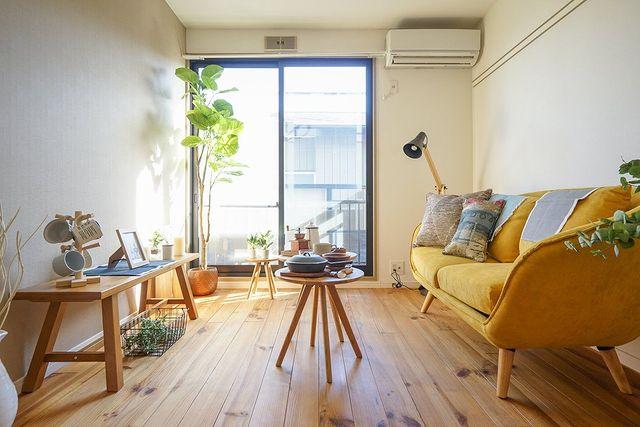 リビングを広く見せるレイアウト術:家具3
