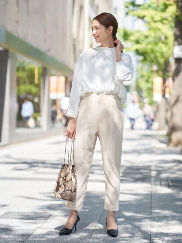 人気のワントーンファッション