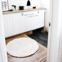 玄関はモノトーンが合わせやすい♪おしゃれな雰囲気が魅力のインテリア実例集