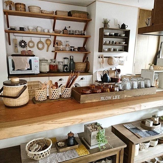 オープン棚の食器ディスプレイアイデア2