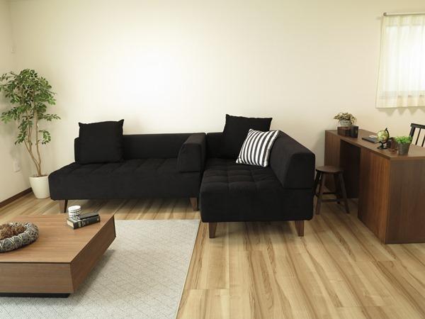 家具を床と合わせたリビング実例