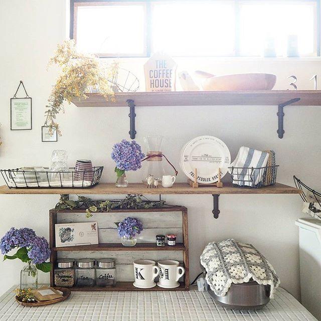 飾り棚の食器ディスプレイアイデア3