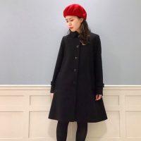 赤ベレー帽でコーデにアクセントを。2021年に真似したい大人女子の着こなし方