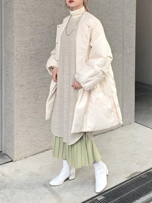 ユニクロのワンピース×プリーツスカート