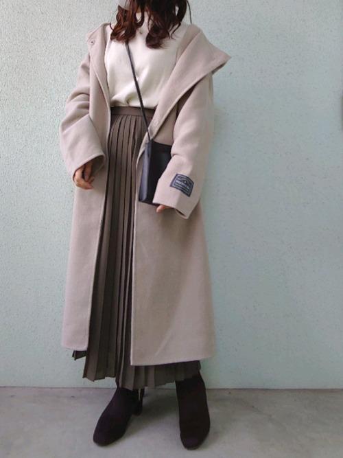 ユニクロのブラウンプリーツスカート