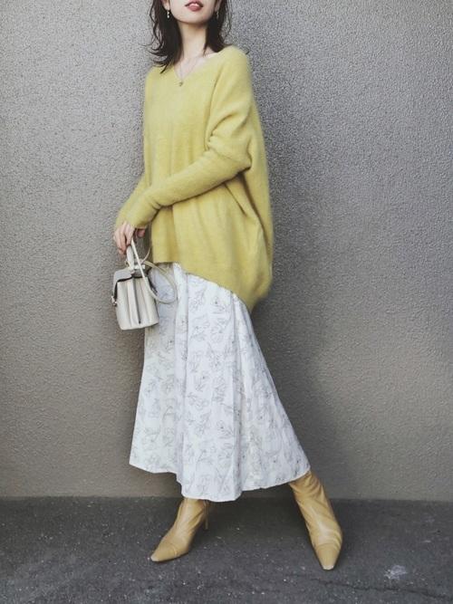 GUのサテンフレアマーメイドスカート