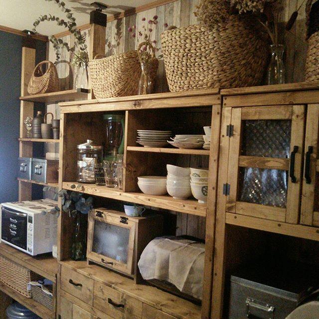 オープン棚の食器ディスプレイアイデア4