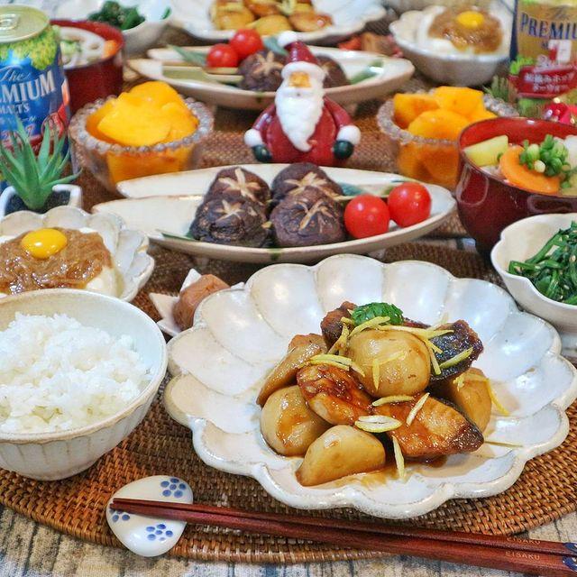 和食の魚料理レシピの鰤と里芋の生姜甘辛煮