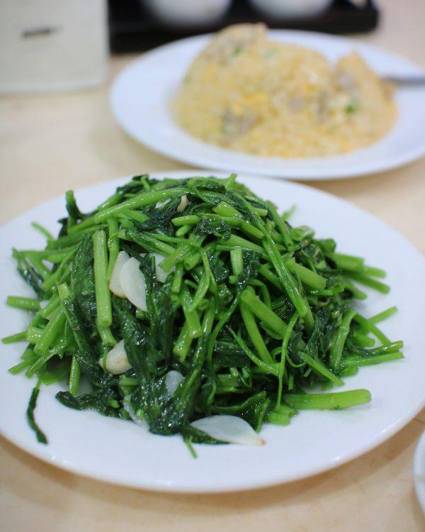簡単レシピの青菜炒めを麻婆春雨の献立に!