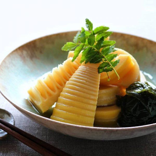 献立の副菜におすすめ筍とわかめの煮物