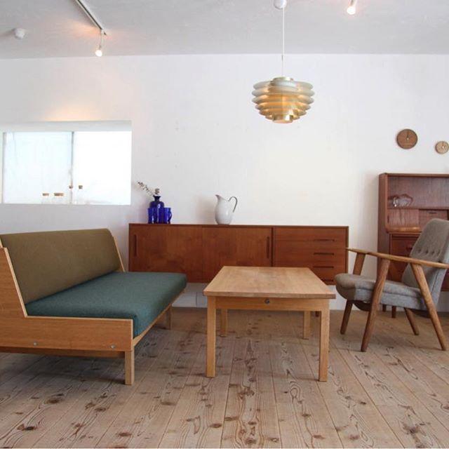 グリーンを家具に使った癒しのお部屋