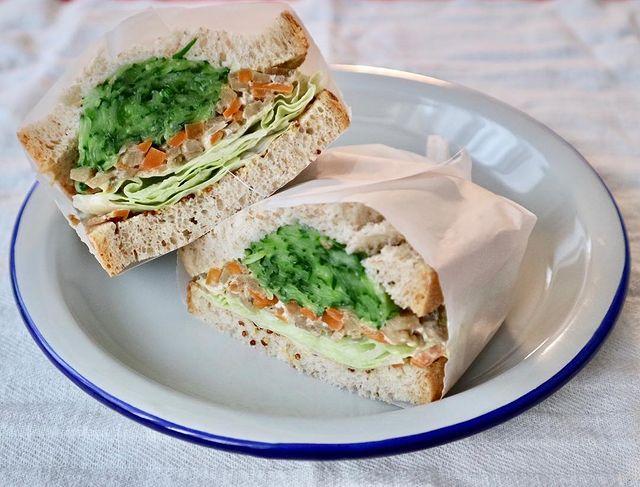 朝ごはんに!きんぴらサンドイッチ