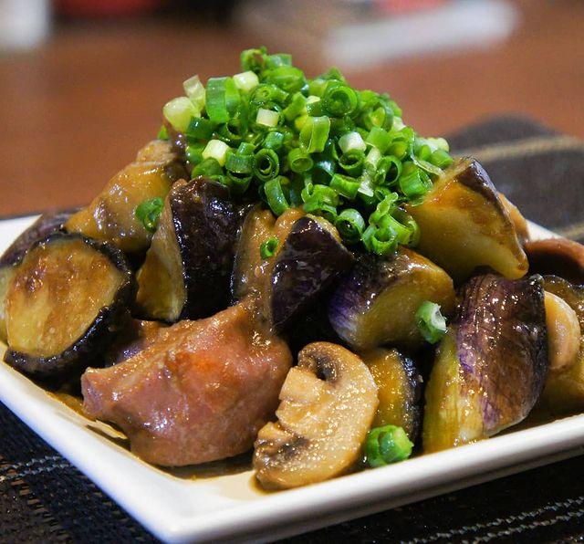 簡単料理!なすと砂肝の柚子胡椒炒め