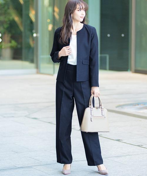 [GIRL] ノーカラージャケット&ストレートパンツの2点セットアップスーツ - ビジネス・オフィスシーン対応フォーマルキャリアスーツ