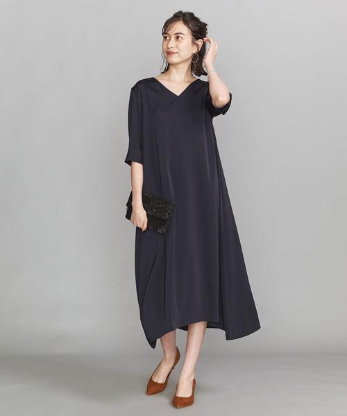 サテンAライン5分袖ドレス