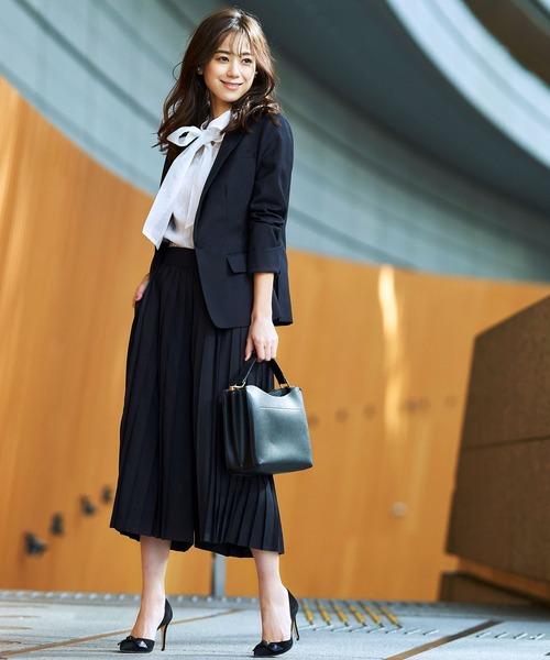 出典:zozo.jp [RUIRUE BOUTIQUE] バックルベルト付きジャケット&プリーツパンツ2点セットアップアンサンブルフォーマルセレモニースーツ